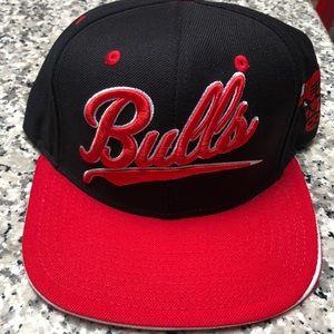 Chicago Bulls snap-back cap. NWOT